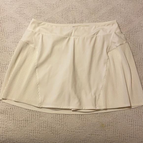 Nike skorts skirt shorts
